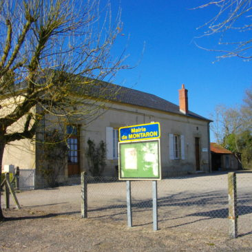 Mairie Montaron